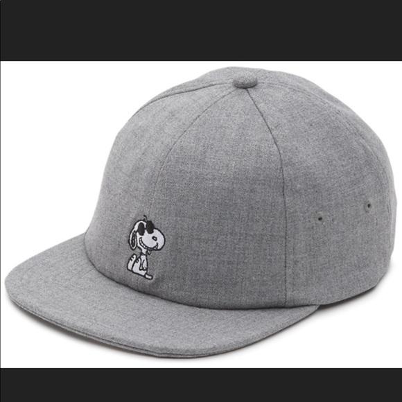 Vans x Peanuts Snoopy SnapBack Hat e0182ec4de3